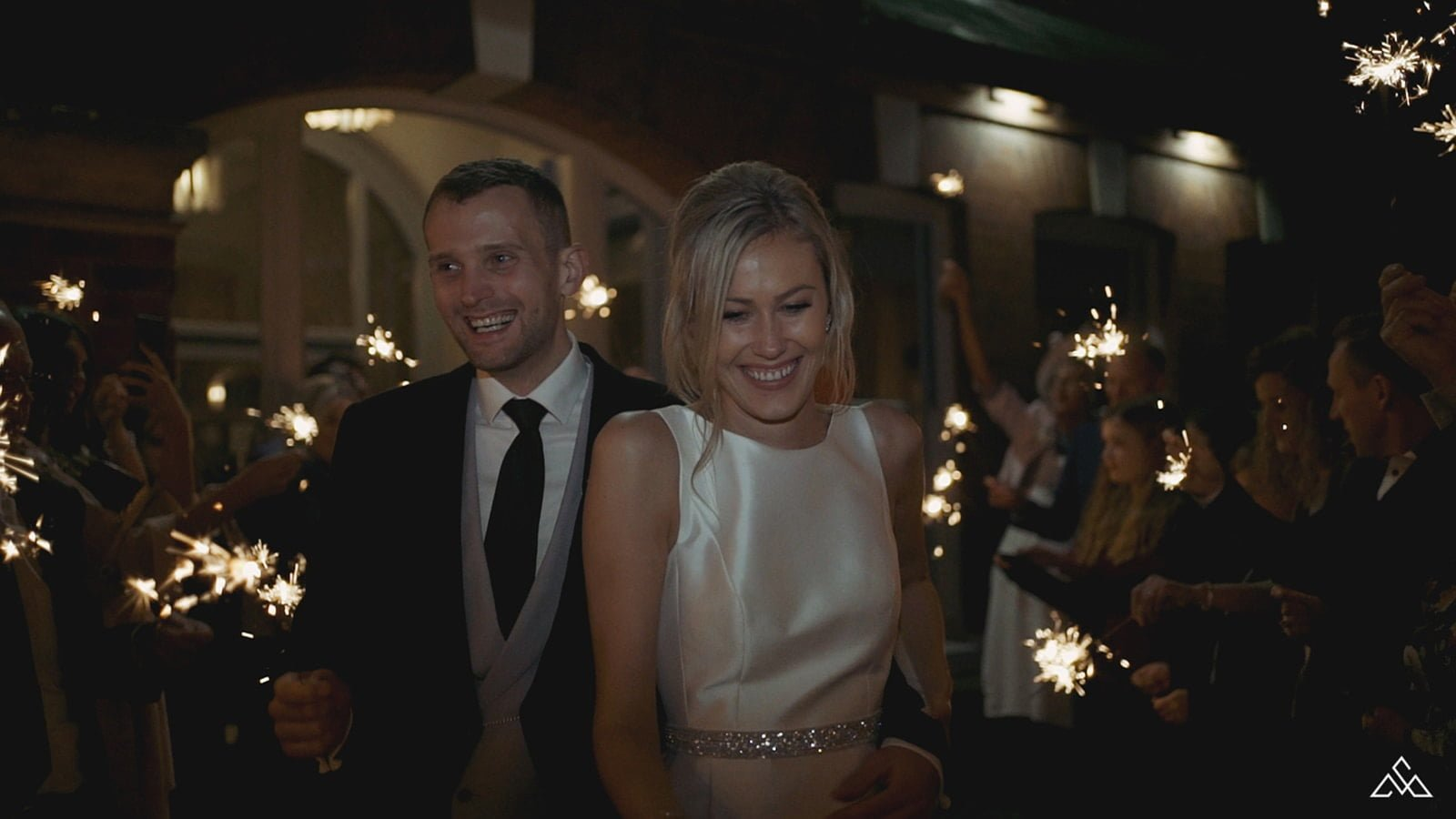 Top 5 Tips for Wedding Sparklers