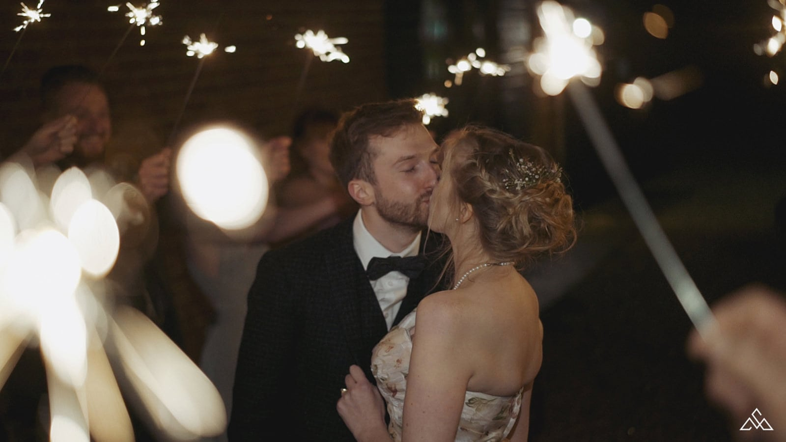 How to use Wedding Sparklers