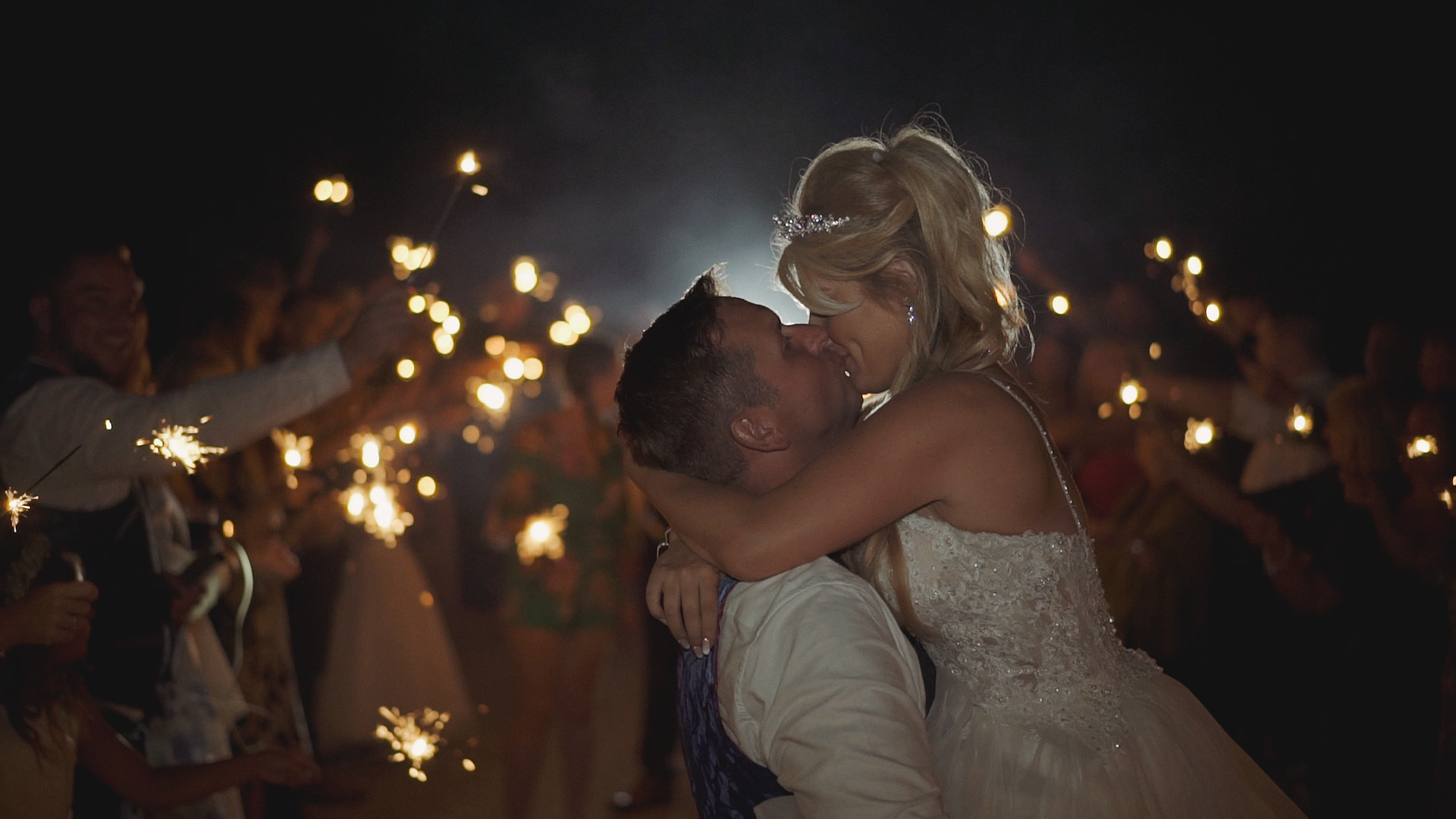 5 Top Tips For Wedding Sparklers