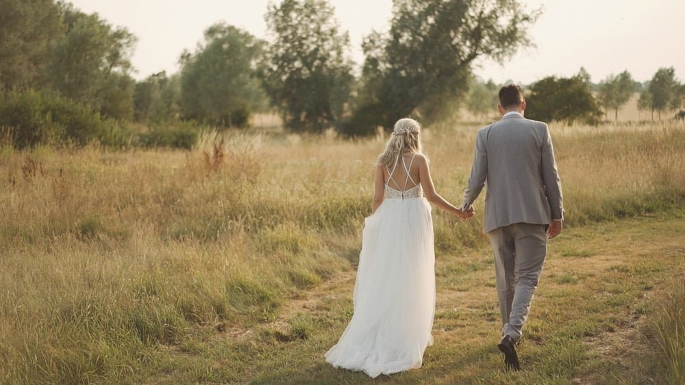 suffolk wedding videographer easton grange debbie john