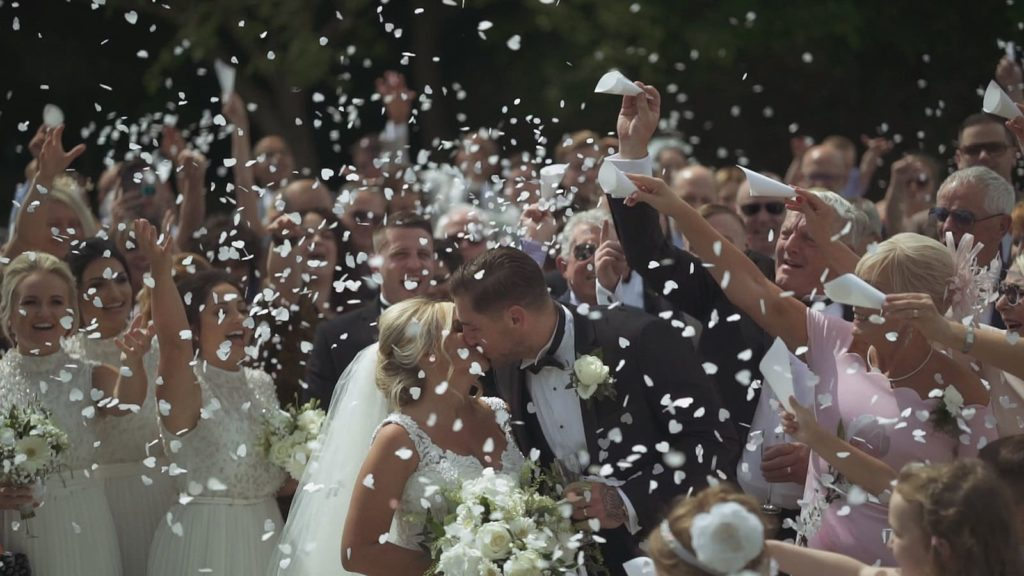 ultimate guide to planning your wedding