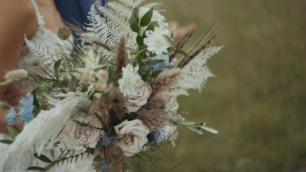 Floral-sistas-norfolk-wedding-florist