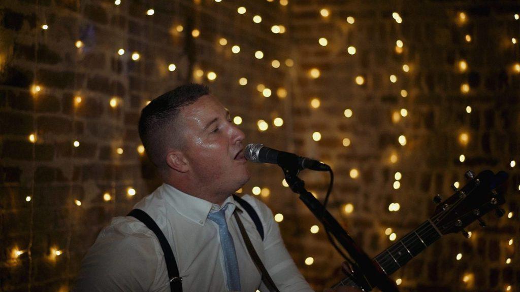 Lee Vann Norfolk One Man Band Wedding Muisc